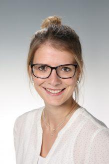 Mag. Julia HENKEL Bild